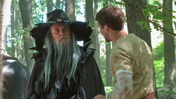 Josef Abrhám als Zauberer Krutiatus und Patrik Dergel als Kronprinz Jan