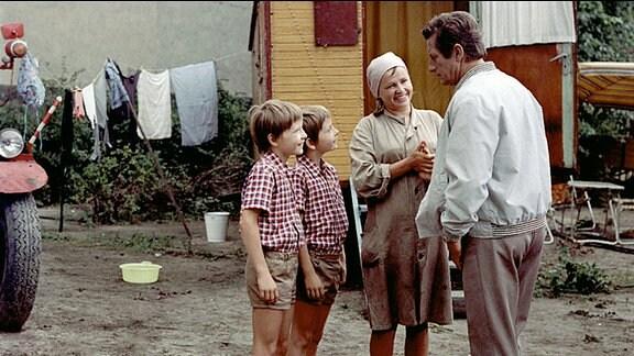 Die Zwillinge Ralf und Rolf Lemcke, Helga Labudda und Erik S. Klein (v.l.n..r.)