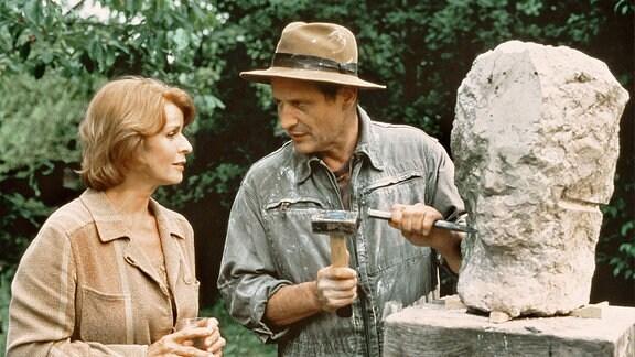 Marie (Senta Berger) und ihr Bildhauer-Freund Gerd (Konstantin Wecker)