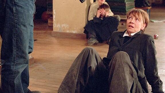 Wanda Rosenbaum (Jutta Hoffmann) hat einen Fehler gemacht, sie hat Paul Kieslowski (Axel Prahl) getraut