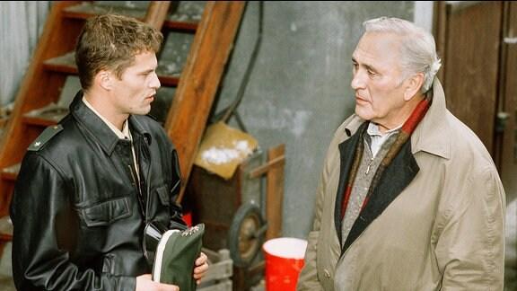 Martin Markwardt (Til Schweiger), Kommissar Beck (Günter Naumann).