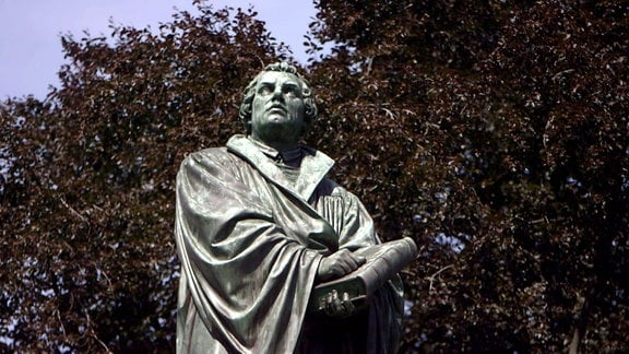 Statue des Martin Luther in Worms.