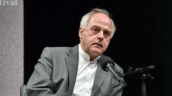 Der Philosoph und Bestsellerautor Wilhelm Schmid liest am 20.05.2016 in Köln auf der 4. phil.COLOGNE, das internationale Festival der Philosophie.