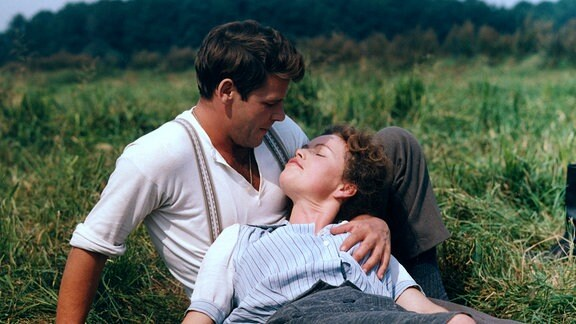 Alma (Renate GeiRler), Wilm (Walter Plathe).