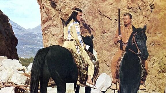 Old Shatterhand (Lex Barker) und Winnetou (Pierre Brice).