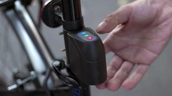 An einem Fahrrad ist ein Fahrradguard befestigt
