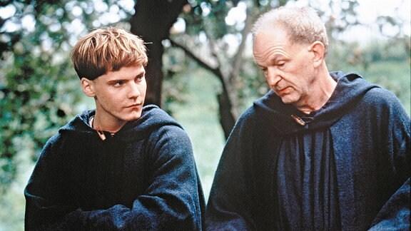 Benno (Michael Gwisdek, rechts) ist für den jungen Arbo (Daniel Brühl) ein Lehrmeister.