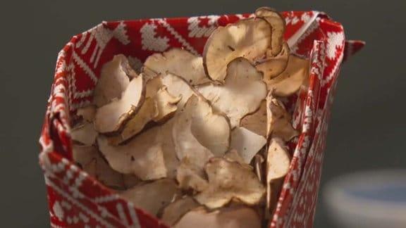 Chips in einer Tüte