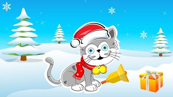 Eine Katze mit Glocke sitzt mit Geschenk und Weihnachtsmannmütze im Schnee.