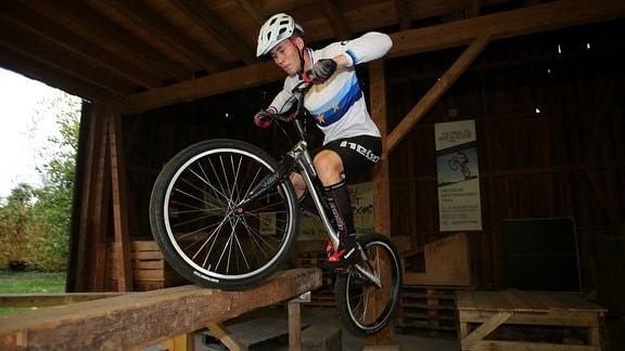 Trial Bike-Fahrer Oliver Widmann