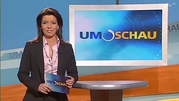 Ana Plasencia während ihrer ersten Moderation im Umschau-Studio am 20. März 2007.