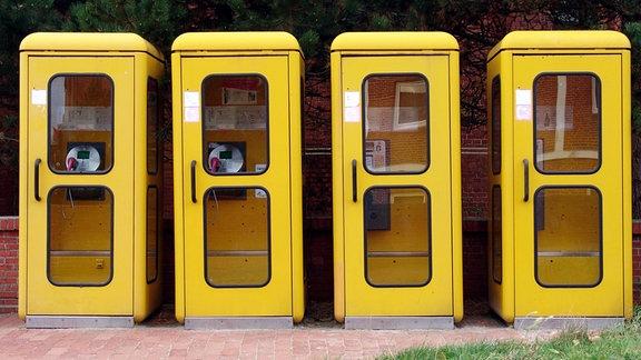 Gelbe Telefonzellen der Deutschen Telekom