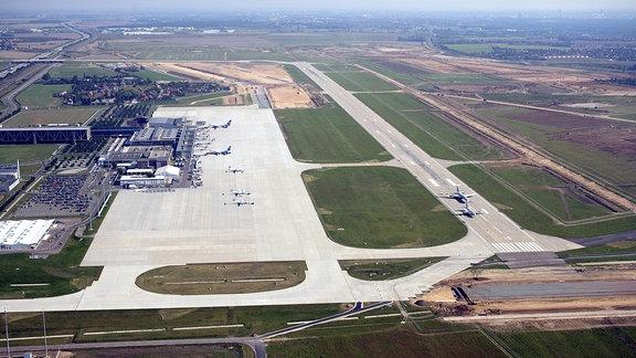 Flughafen Leipzig/Halle, 2006