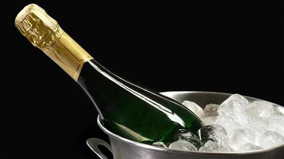 Eine Champagner-Flasche.