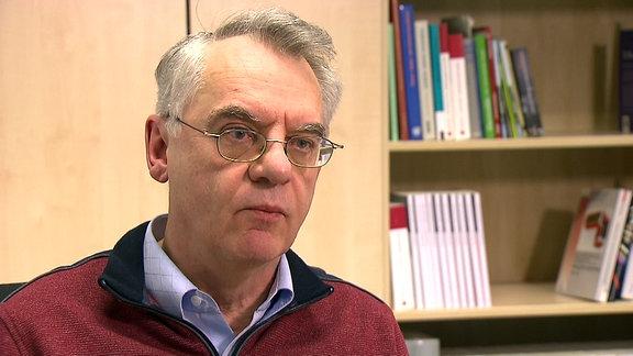 Dr. Rainer Karlsch