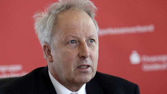 Dr. Michael Ermrich, Geschäftsführender Präsident Ostdeutscher Sparkassenverband, OSV, anlässlich einer Pressekonferenz in Berlin.