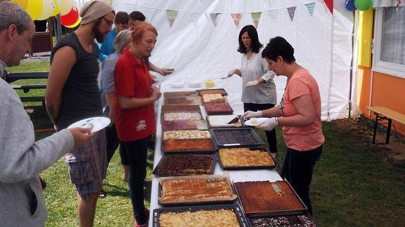 Kuchenbuffett mit Thüringer Blechkuchen in Kutzleben