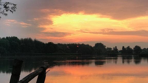 Opfermoor-See bei Niederdorla mit Sonnenuntergang