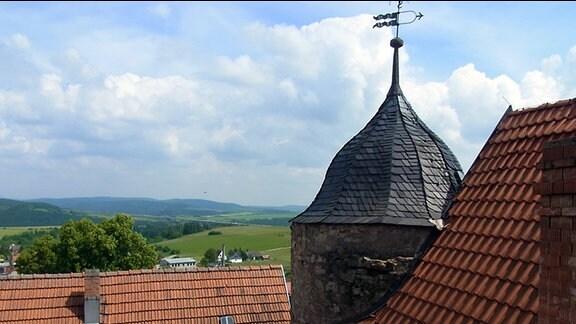 Ob Ordensbrüdern, Grafen oder heutigen Besuchern - die Johanniterburg in Kühndorf bietet jedem einen überwältigenden Blick auf den Thüringer Wald.