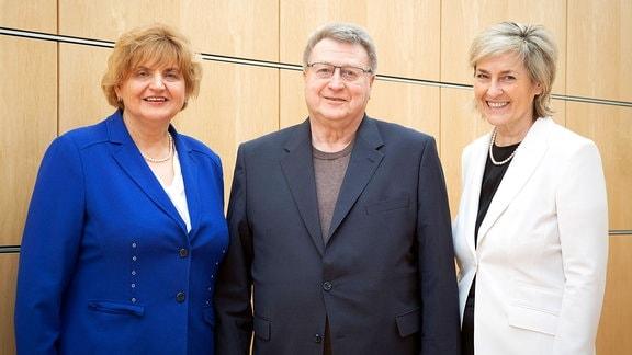 v.l.: Birgit Diezel, Joachim Dirschka und Prof. Karola Wille