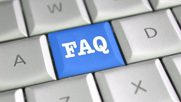 Tastatur mit einem FAQ-Zeichen