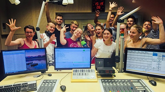 SATKULA-Team im Studio Bautzen