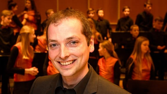 MDR Kinderchorleiter Alexander Schmitt