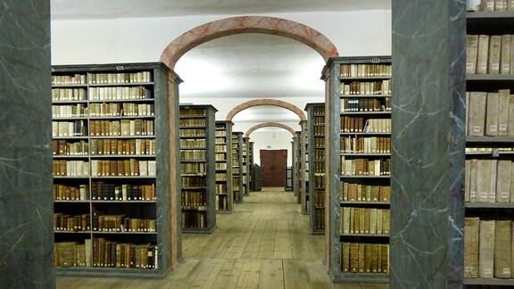 Blick in die Bibliothek der Franckeschen Stiftungen.