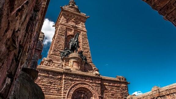 Das Kyffhäuserdenkmal mit Reiterstandbild Kaiser Wilhelms I.
