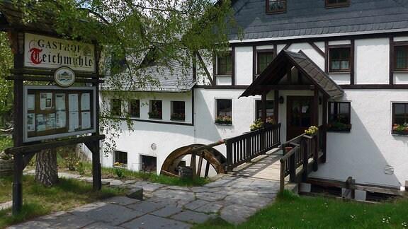 Die Teichmühle am Müllerburschenweg – ein guter Ort für eine Rast