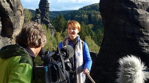 Kameramann filmt Beate Werner