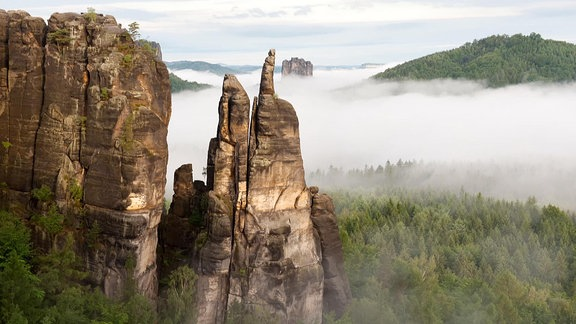 Szenen aus der Unterwegs in Sachsen-Sendung auf dem Malerweg in der Sächsischen Schweiz.