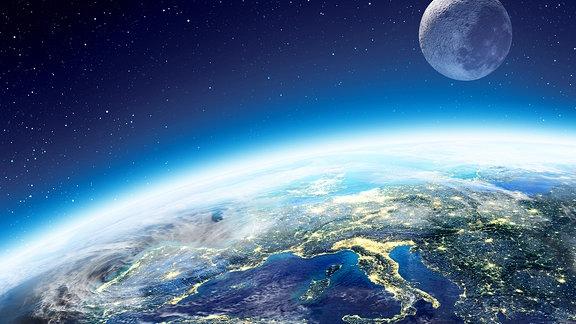 Die Erde von oben, Weltall.