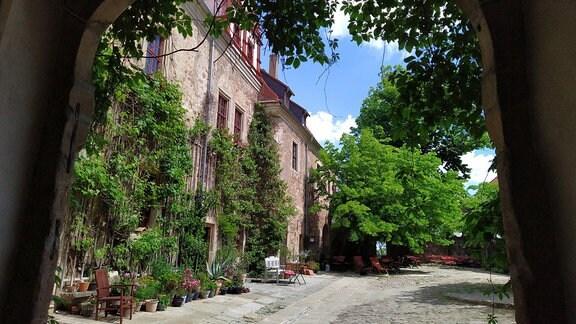 Heute ist das Schloss Hotel. Ungewöhnlich, wunderbar still und sehr romantisch