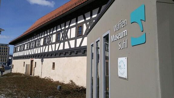 Außenansicht des Waffenmuseums in Suhl.
