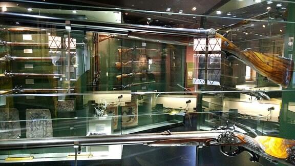 Exponate im Waffenmuseum Suhl.