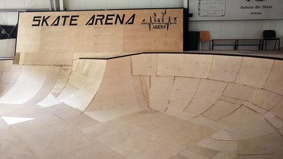 Eine Skating-Rampe