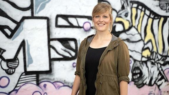 Ein Portraitbild von Katharina Neuhaus, MDR Volontärin.