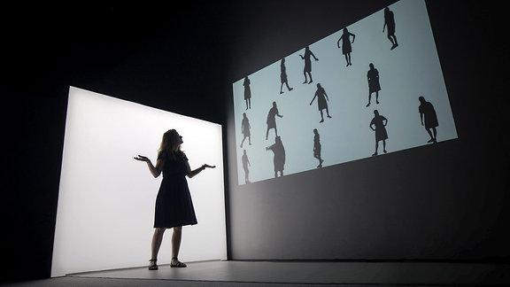 03_GESTEN_Shadow Gestures_Ars Electronica Futerlab