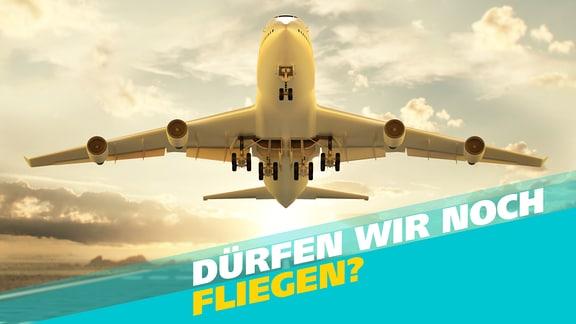 Start eines Passagierflugzeugs aus der Bodenperspektive