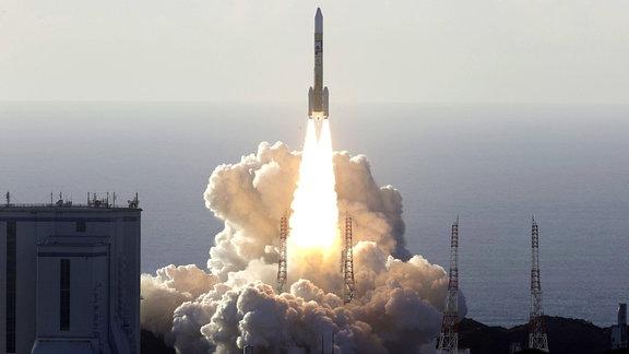 Start der Raumsonde der Vereinigten Arabischen Emirate