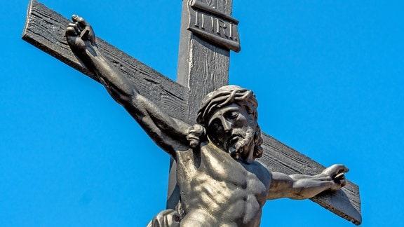 Jesus Christus am Kreuz, Symbolfoto für Ostern.