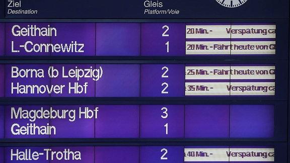 Durch Brandanschläge auf Stellwerke der Deutschen Bahn bei Leipzig kam es zu massiven Zugverspätungen