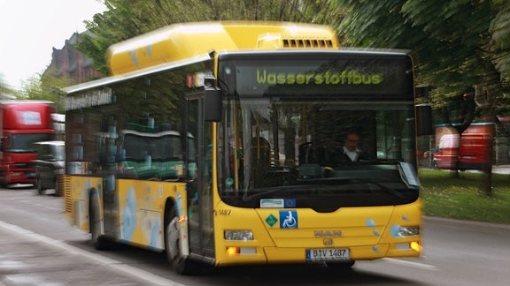 Mit Wasserstoff betriebener Bus der BVG