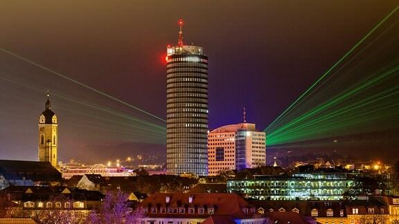 Eine Laser-Show anlässlich der Wissenschaftsnacht in Jena