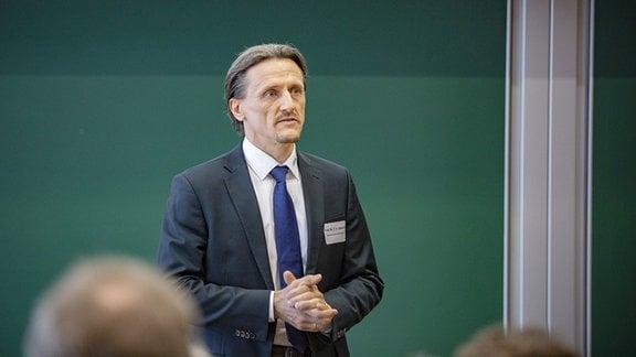 Thomas von Unwerth Inhaber der Professur Alternative Fahrzeugantriebe an der TU Chemnitz