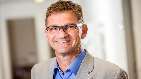 Prof. Dr. Conrad Schetter
