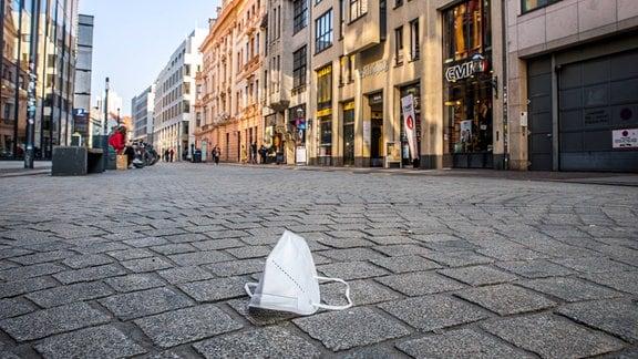 Maskenpflicht in der Fußgängerzone von Leipzig