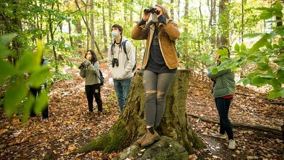 "Studenten erleben die Natur in der Lehrveranstaltung ""Birding to Change the World"" der University of Vermont."