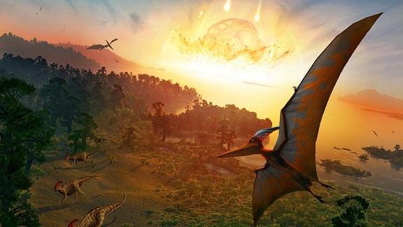 Künstlerische, grafische Darstellung des Einschlags, in dessen Folge die Dinosaurier ausgestorben sein sollen. Im Vordergrund fliegende Saurier, am Boden laufende, dazu Bäume. Im Hintergrund Wasser und ein glühender Himmelskörper, der ins Wasser einschlägt.